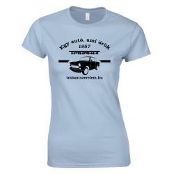 Egy autó, ami örök női póló